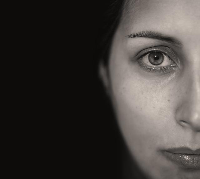 Parálisis facial: síntomas y tratamientos
